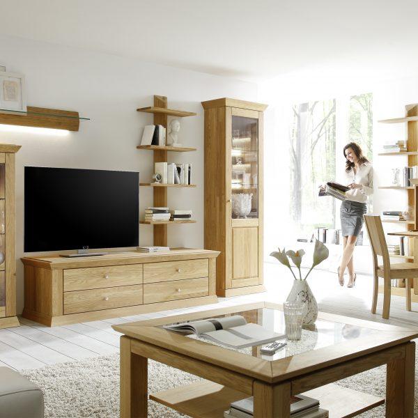 Landhaus-Wohnzimmer- und Speisezimmerprogramm, Massivholz