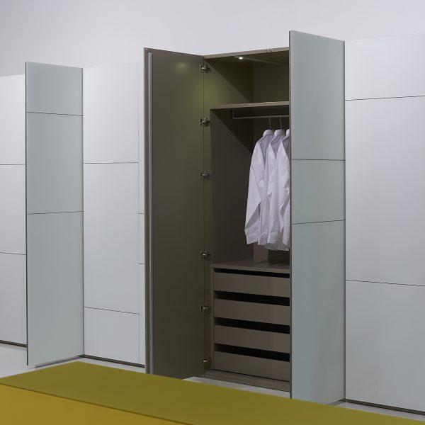 moderner Kleiderschrank Soma, Front variabel